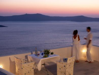 One night's a Charm<br />Aigialos Hotel, Santorini