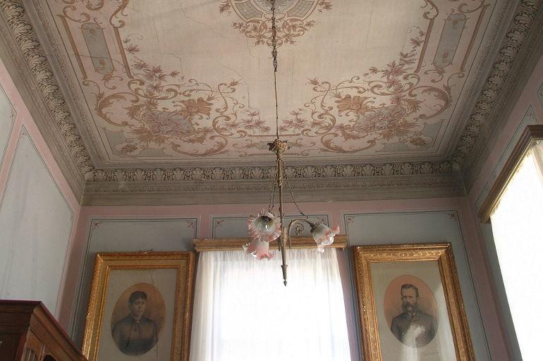 Ermioni Estate, period frescoes