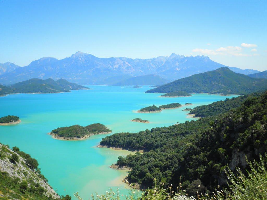 Western Greece beyond the sea…